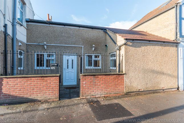 Thumbnail Property to rent in Clive Road, London