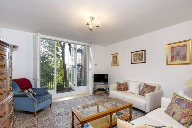 Thumbnail Town house for sale in Rosemont Road, West Hampstead, London