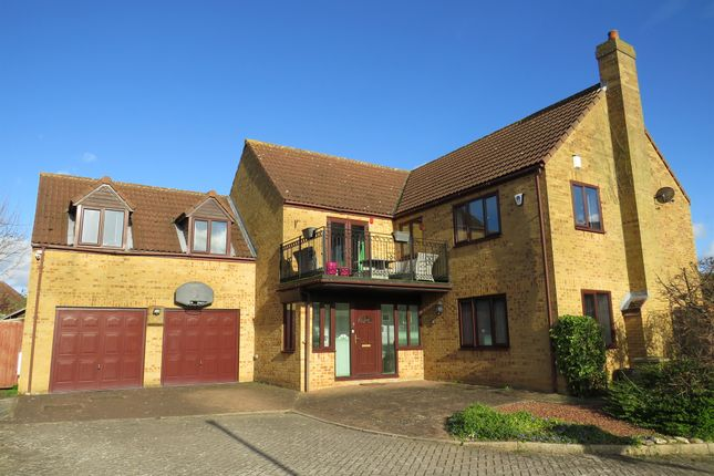 Thumbnail Detached house for sale in Rosemary Court, Walnut Tree, Milton Keynes