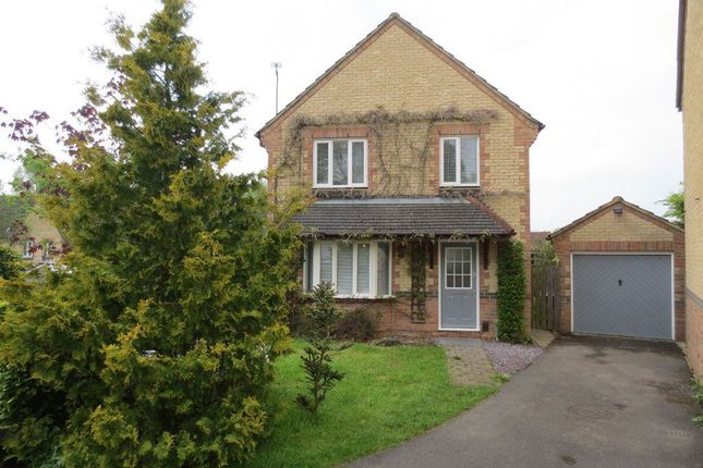 Thumbnail Property to rent in Yarrow Close, Swindon