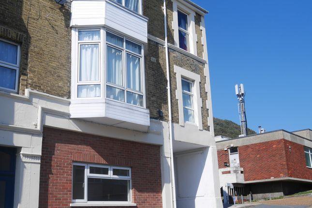 1 bedroom flat to rent in 99 High Street, Ventnor
