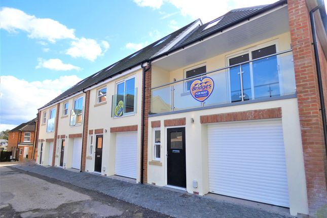 Thumbnail Property to rent in Engco Court, St. James Road, Fleet
