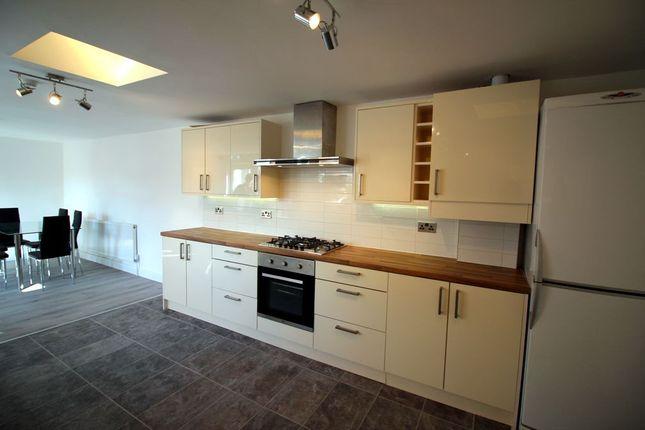 Thumbnail Room to rent in Pickard Street, Warwick