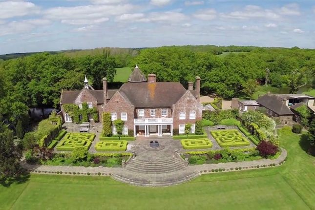 Thumbnail Detached house to rent in Peasmarsh, Rye, East Sussex