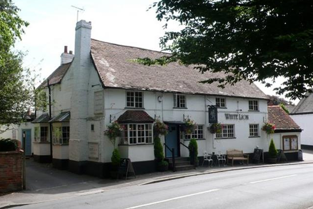 Thumbnail Pub/bar for sale in High Street Hampton In Arden, West Midlands