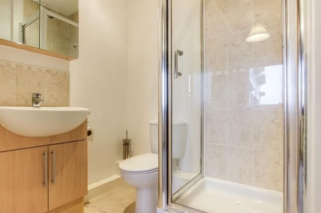 En-Suite of Bailey Avenue, Lytham St. Annes, Lancashire FY8