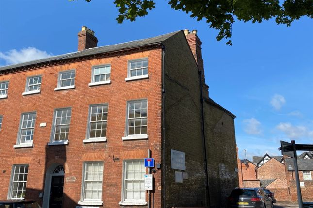 2 bed flat to rent in St. John Street, Hereford HR1