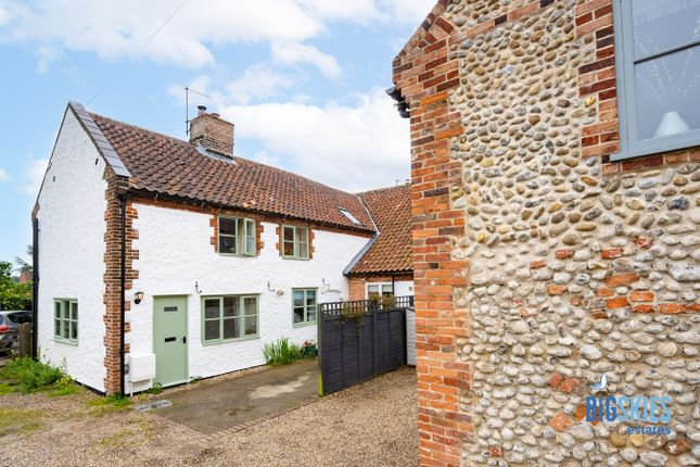 Thumbnail Cottage for sale in 11 Pearsons Road, Holt