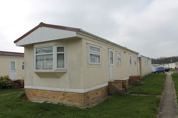 Thumbnail Property for sale in Clacton Road, Little Clacton, Little Clacton
