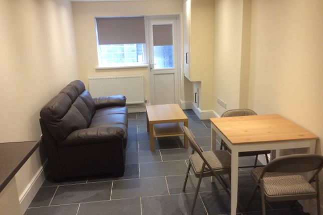 Thumbnail Flat to rent in Glynrhonndda Street, Cardiff