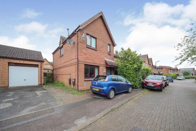 3 bed semi-detached house for sale in Blaydon Close, Bletchley, Milton Keynes MK3