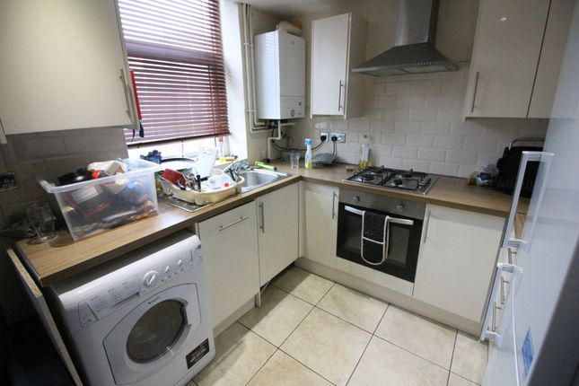 Thumbnail Flat to rent in Treherbert Street, Cathays, Cardiff
