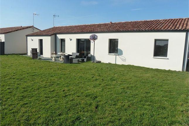 3 bed property for sale in Pays De La Loire, Vendée, Pouzauges