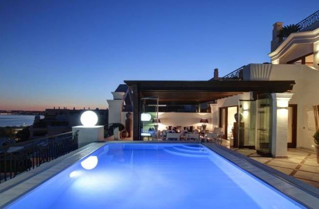 Thumbnail Apartment for sale in Seguers, Estepona, Andalucia, Spain
