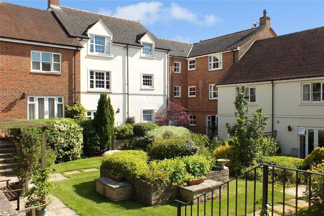 Flat for sale in Church Street, Faringdon, Oxfordshire