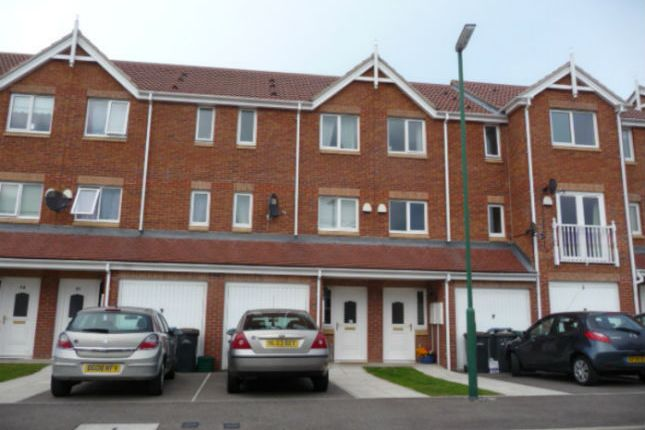Thumbnail Town house for sale in The Chequers, Consett