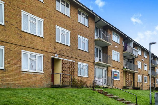 2 bed flat for sale in Findon Road, Brighton