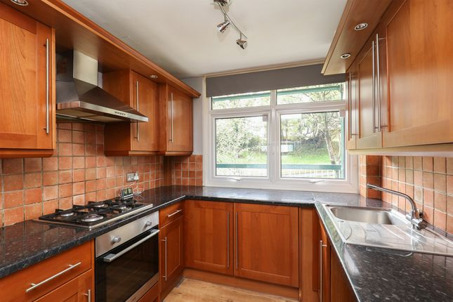 Kitchen of Spring Close View, Sheffield S14