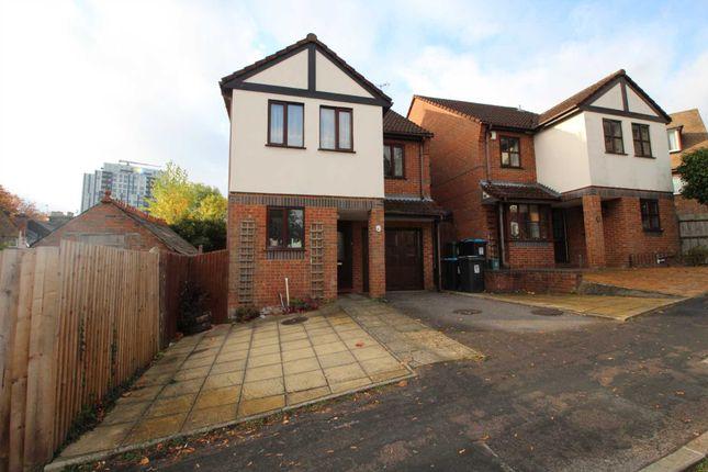 Thumbnail Detached house to rent in Charles Street, Hemel Hempstead