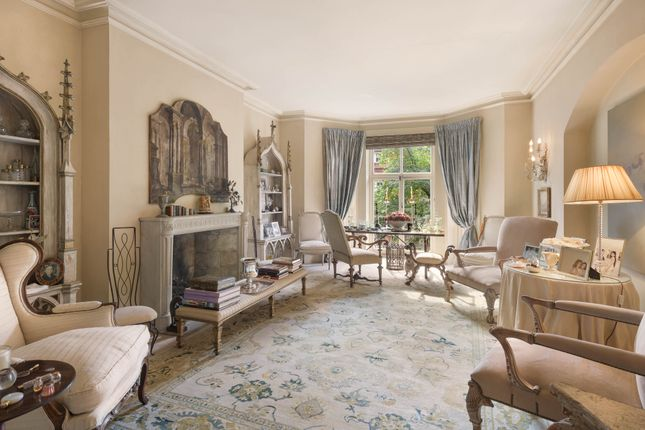 4 bed flat for sale in Drayton Gardens, London SW10