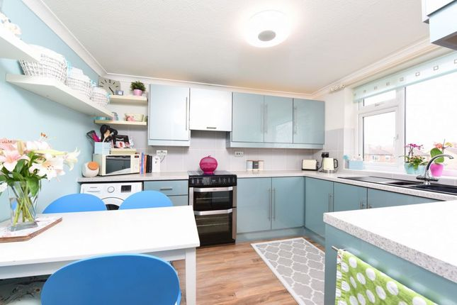 Thumbnail Maisonette for sale in Lynchford Road, Farnborough
