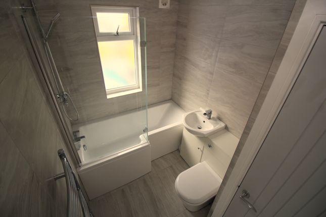 Family Bathroom of Aldermoor Lane, Coventry CV3