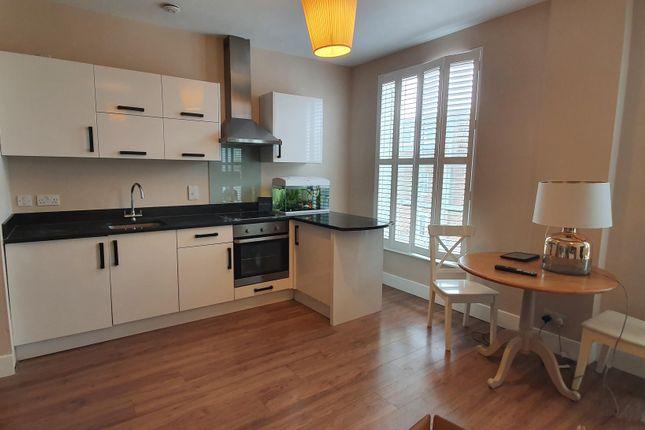 Thumbnail Flat to rent in Stonehills, Welwyn Garden City