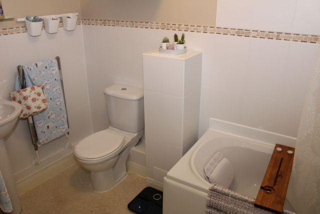 Bathroom of West Street, Upton, Northampton NN5