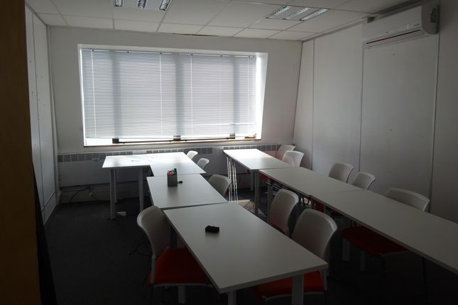 Romford_Office_To_Rent_Let