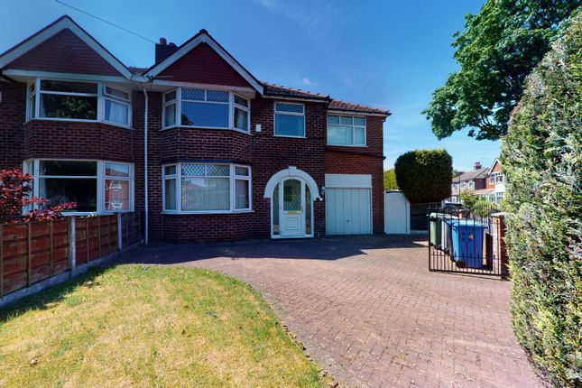 5 bed semi-detached house to rent in Avondale Crescent, Urmston, Manchester M41