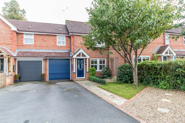 Thumbnail Property for sale in Martineau Lane, Hurst, Reading