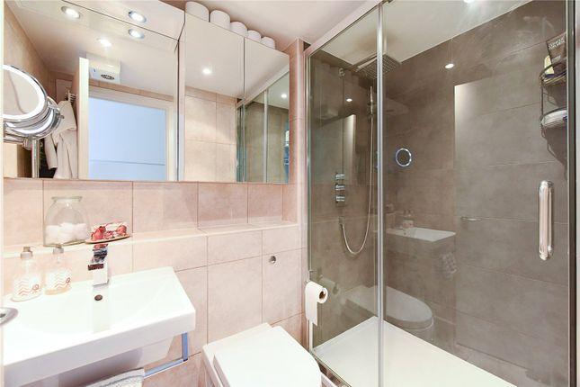 Bathroom 2 of Colorado Building, Deals Gateway, London SE13