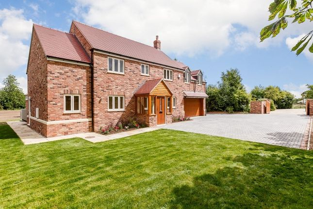 Thumbnail Detached house for sale in Bushmead Road, Whitchurch, Aylesbury