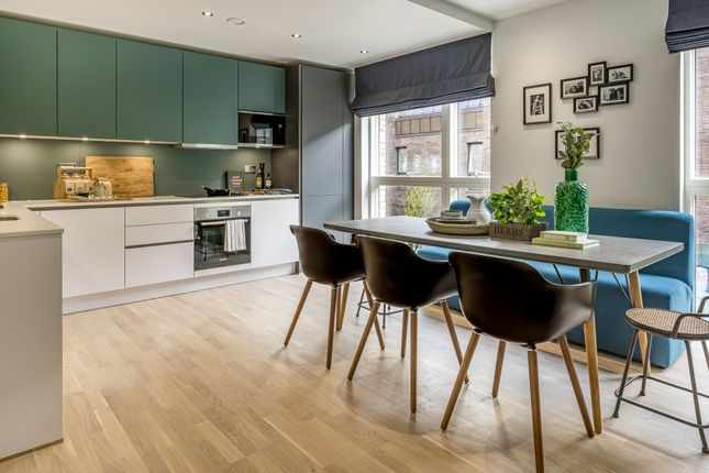 Thumbnail Town house for sale in Kingsford Row, London