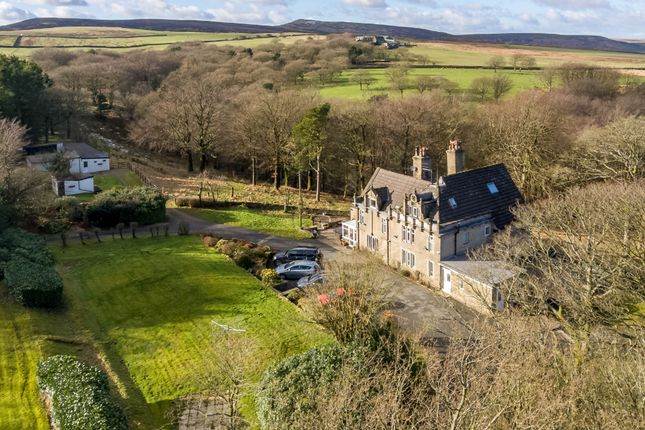 Thumbnail Detached house for sale in Greenfield Road, Holmfirth