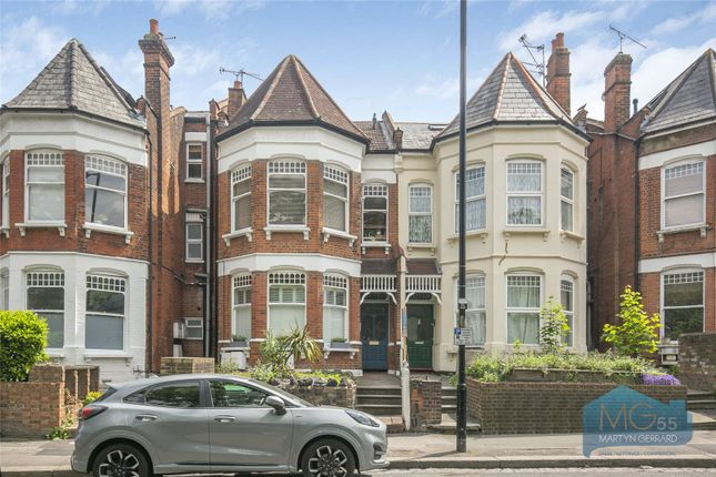 Flat for sale in Middle Lane, Crouch End, London