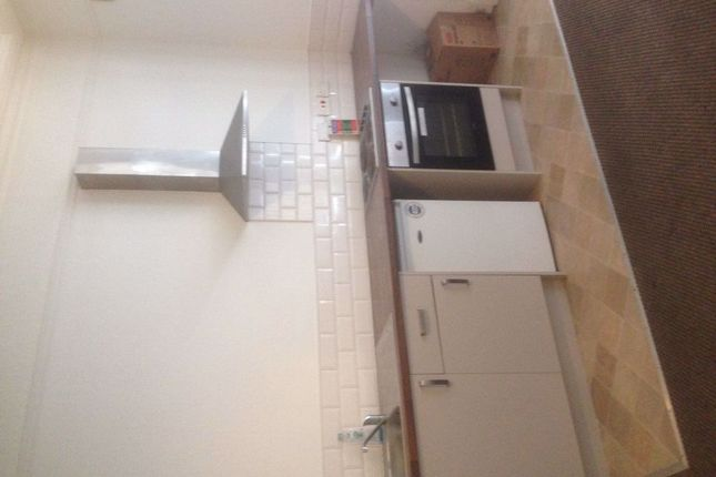 1 bed property to rent in Balby Road, Doncaster DN4