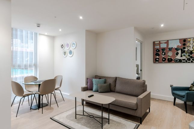 Thumbnail Flat to rent in Holborn, London