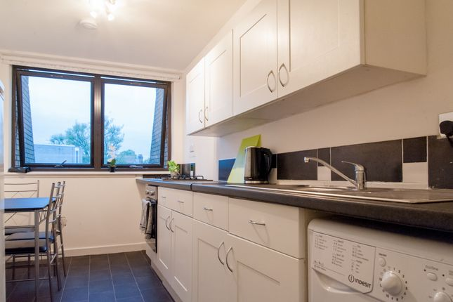 Kitchen  of Tavistock Crescent, Notting Hill, Central London W11