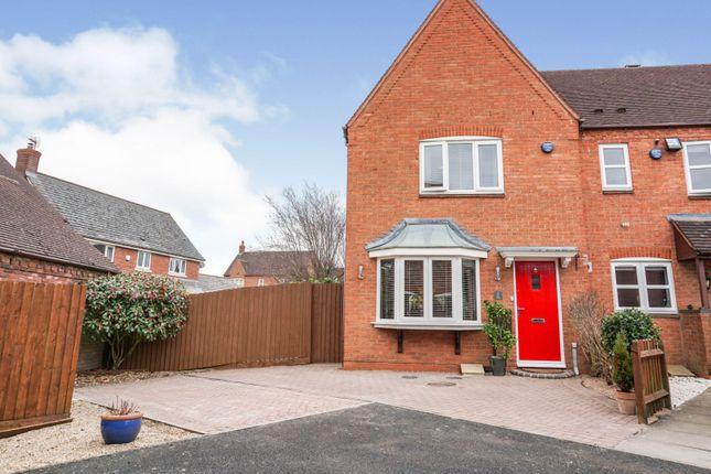 3 bed semi-detached house for sale in Ivy Way, Solihull B90