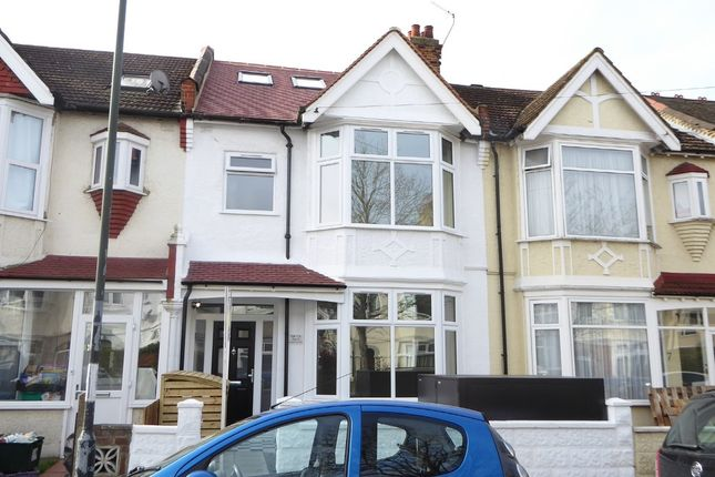 Thumbnail Flat for sale in Melrose Avenue, Tooting Borders