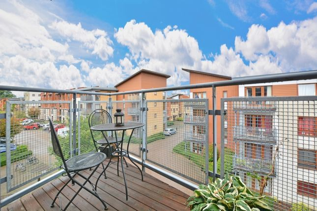 Balcony of Commonwealth Drive, Crawley RH10