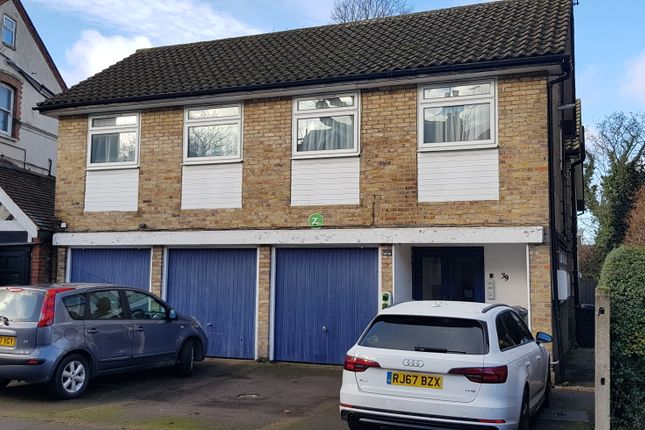 Thumbnail Flat to rent in The Grove, Finchley