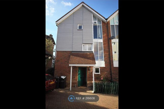 Thumbnail Semi-detached house to rent in Lindel Court, West Malling
