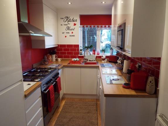 Kitchen of Brooms Road, Luton, Bedfordshire LU2