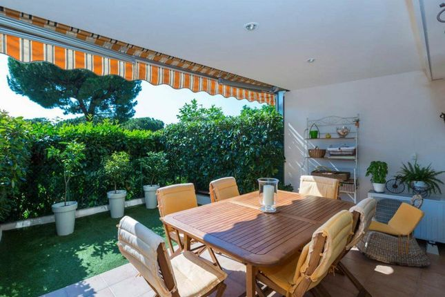 2 bed apartment for sale in Nice Mont Boron, Provence-Alpes-Cote D'azur, 06000, France