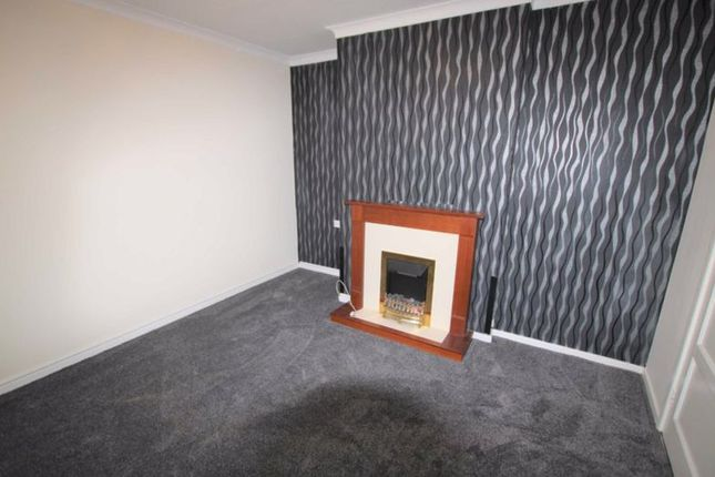 1 bed flat to rent in Archer Grove, Bolton BL2