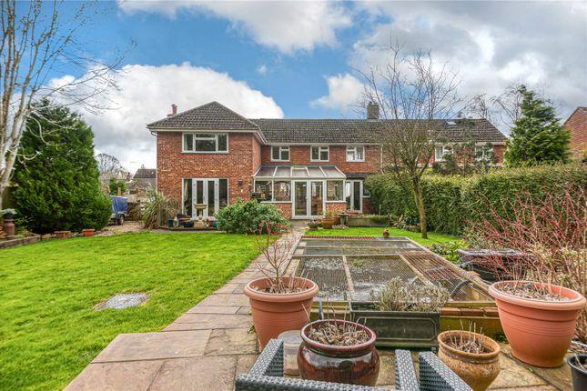 Picture No. 17 of Manor Road, Akeley, Buckingham, Buckinghamshire MK18