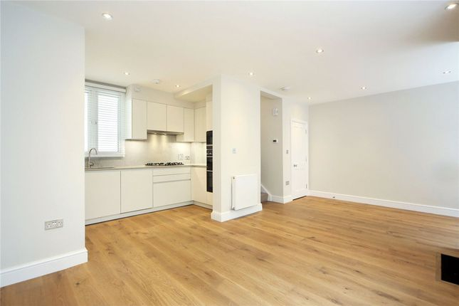 Thumbnail Mews house to rent in Gloucester Place Mews, Marylebone, London