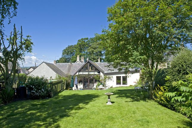 Thumbnail Cottage for sale in Main Street, Swinton, Duns